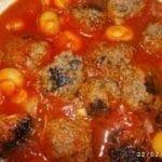 Boulettes de viande aux tomates et champignons