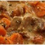 Sauté de porc aux carottes et aux poireaux