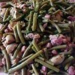 Poêlée aux haricots verts,lardons et champignons